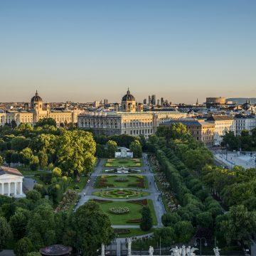 40715 © WienTourismus Christian Stemper Bildtext Blick Auf Volksgarten, Museen Und Parlament
