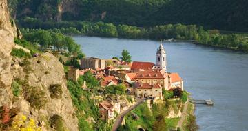 Dürnsteinim Frühling (c)Donau Niederösterreich
