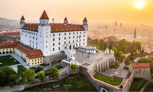 Bratislavaer Burg (c) MS Agency