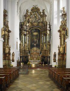 Karmelitenkirche Hauptaltar In Straubing (c) Amt Für Tourismus Der Stadt Straubing