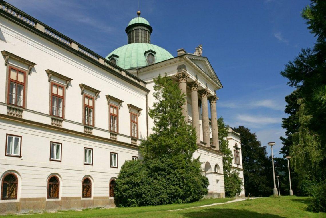 8 A Kastell Und Schloss Topolcianky