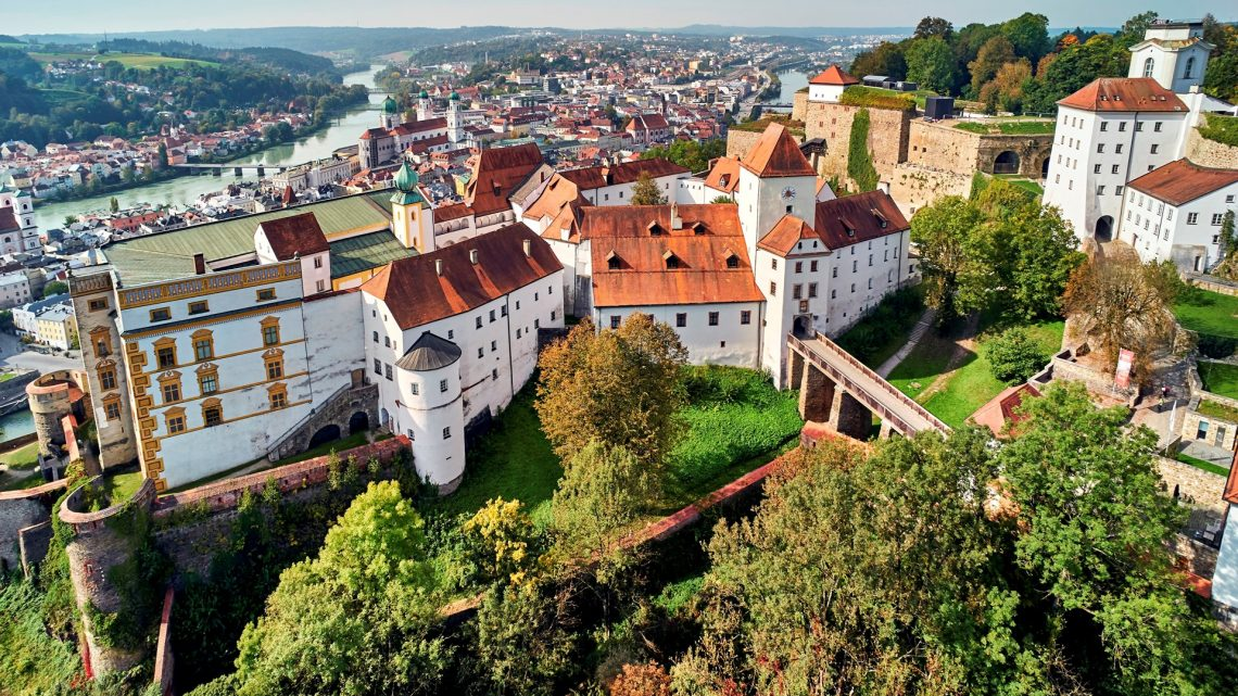 Burgansicht Luftaufnahme Veste Oberhaus Globusgroup 2018
