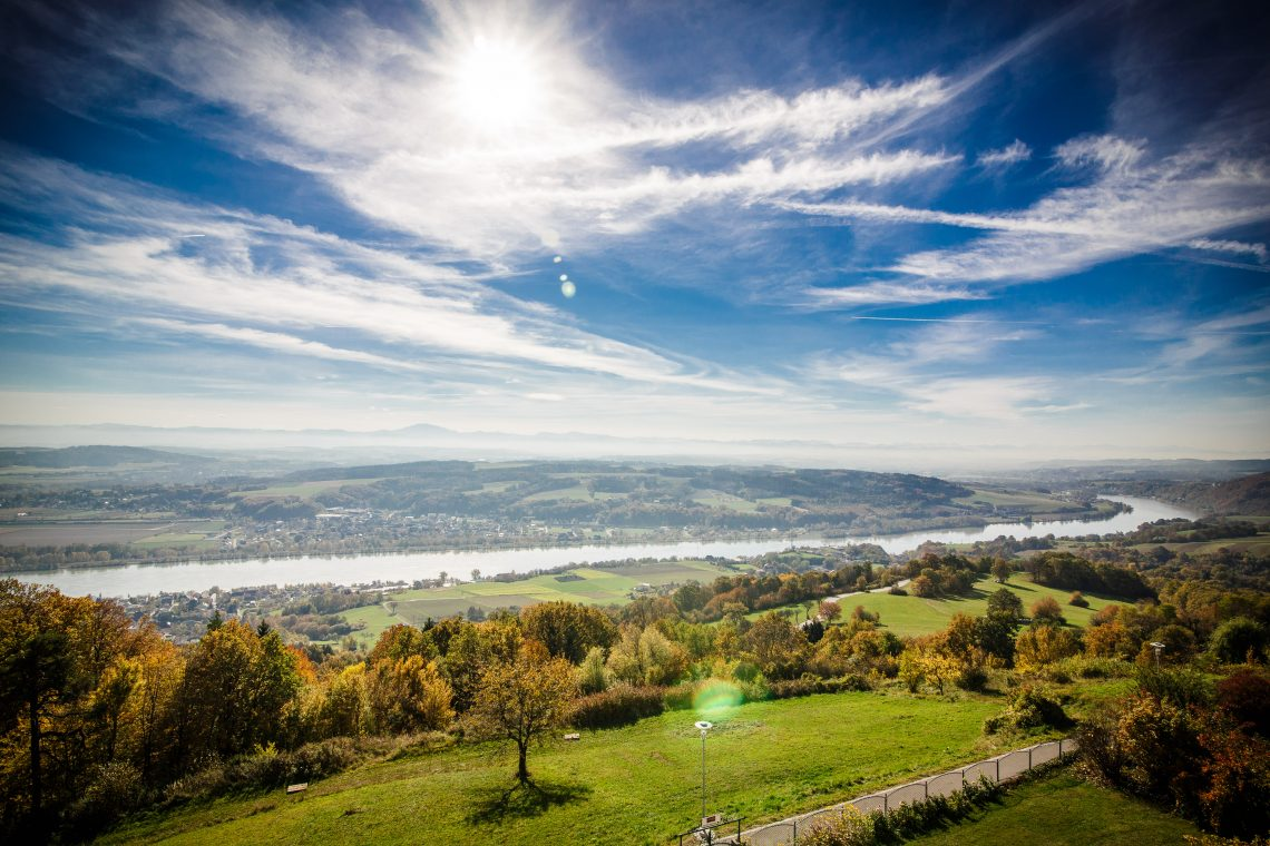 Ausblick Vom Wanderweg Nibelungengau Maria Taferl Auf Die Donau.donau.com